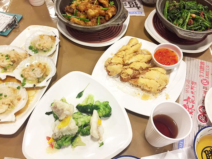 홍콩 로컬푸드 맛집 No.5 어벤져스가 다 모였다! (로스트구스, 나단콘지, 핫팟, 완탕누들, 씨푸드)